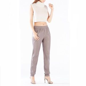 BCBGMAXAZRIA Sugi Faux-Leather Sporty Pant in Grey